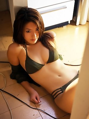 Haruna Yabuki sexy Asian babe wearing a bikini in the bathtub